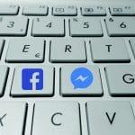 ميزة جديدة تطبيق فيس بوك ماسنجر Facebook Messenger يختبر تسمح للأصدقاء بمُشاهدة مقاطع الفيديو سوياً