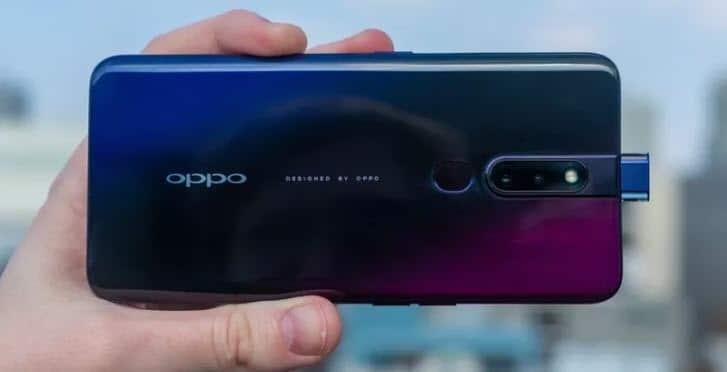 Oppo F11 pro مع كاميرا سيلفي منبثقة وشاشة لا تحتوي على نوتش